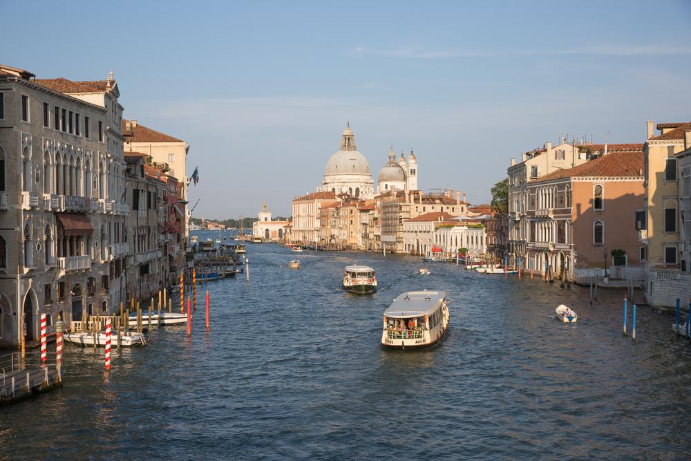 Жители Венеции получат преимущество при посадке на vaporetto.Вокруг Света. Украина