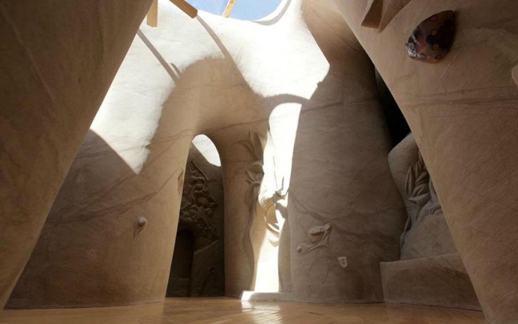 Сказочный подземный мир посреди пустыни.Вокруг Света. Украина