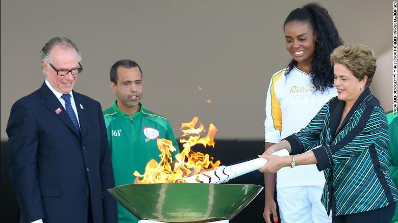Олимпийский огонь начал путешествие по Бразилии.Вокруг Света. Украина