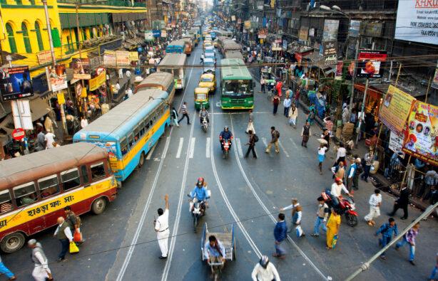 Беспорядочное движение на улицах Калькутты