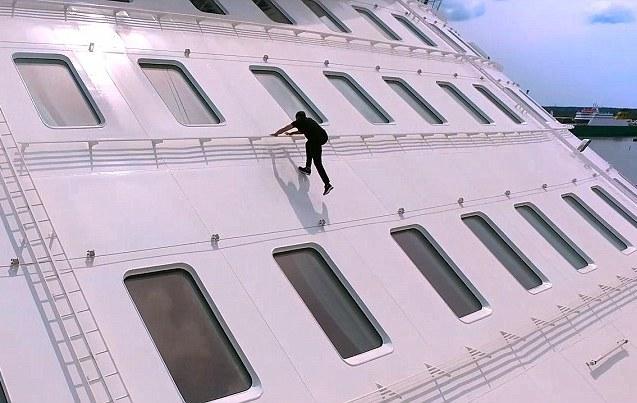 На старт! Внимание! Марш! Бегом по самому большому в мире лайнеру.Вокруг Света. Украина