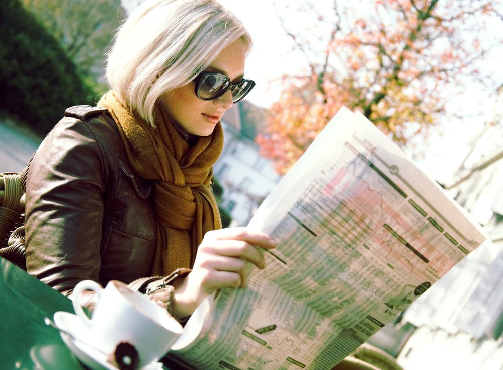 человек читает газету фото никак ожидал