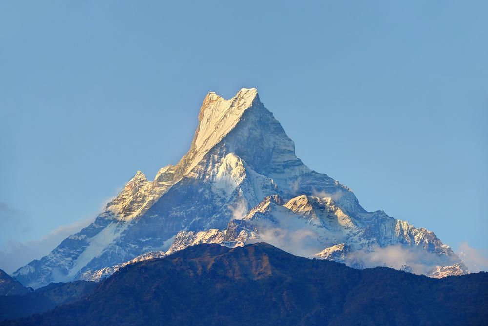 Эверест больше не самая высокая гора на Земле