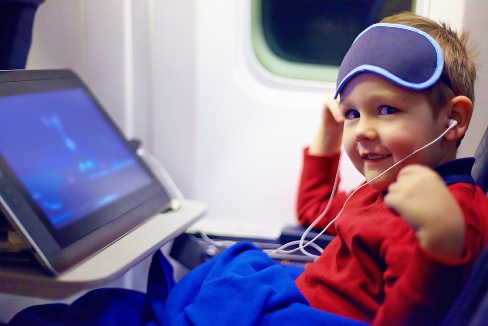 В самолете с детьми: как выжить.Вокруг Света. Украина