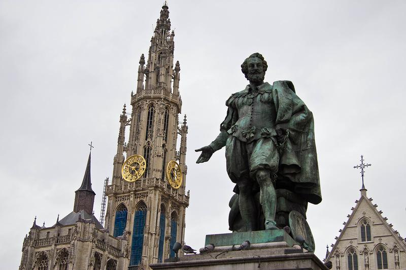 Антверпен: город, где приятно гулять и по улицам, и по магазинам.Вокруг Света. Украина