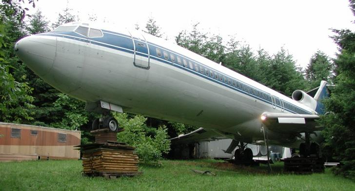 Американец обустроил дом в самолете.Вокруг Света. Украина