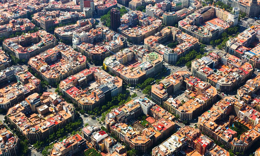 Пешком по Барселоне: 60% улиц в городе станут пешеходными