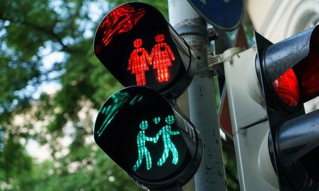 В Лондоне установили ЛГБТ-светофоры