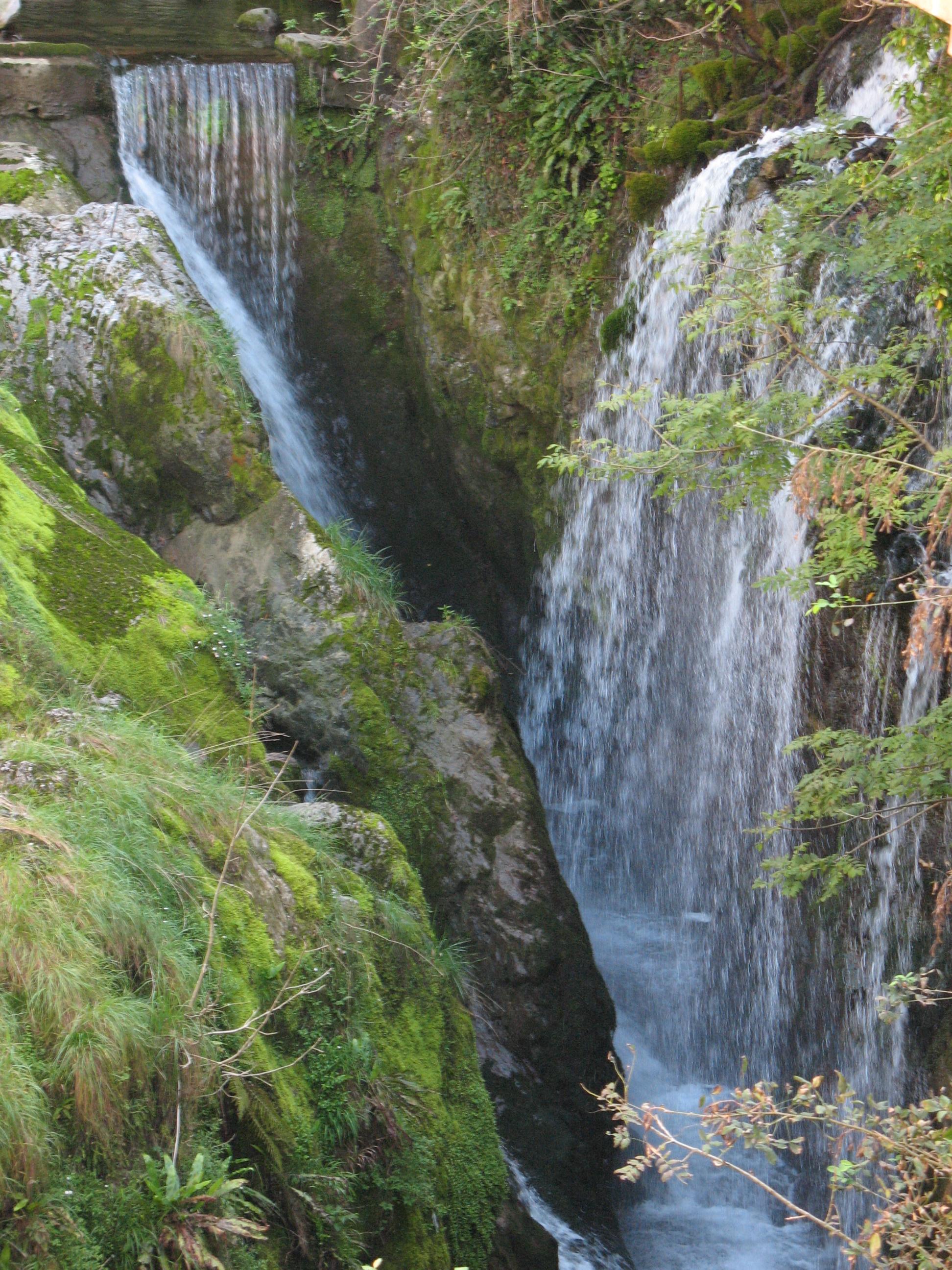 Водопад, Нессо, озеро Комо