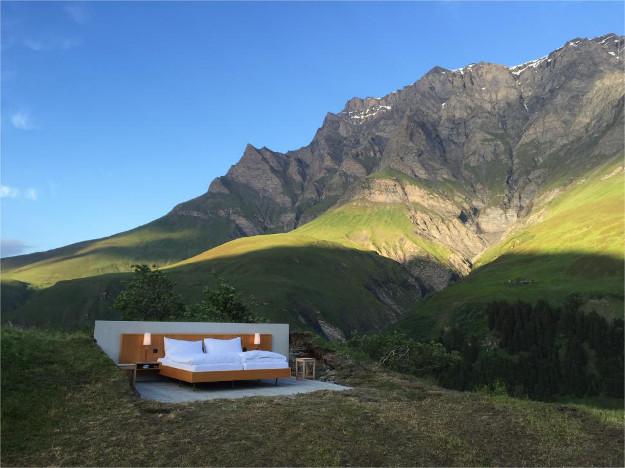 В Швейцарии открыли ноль-звездочный отель.Вокруг Света. Украина