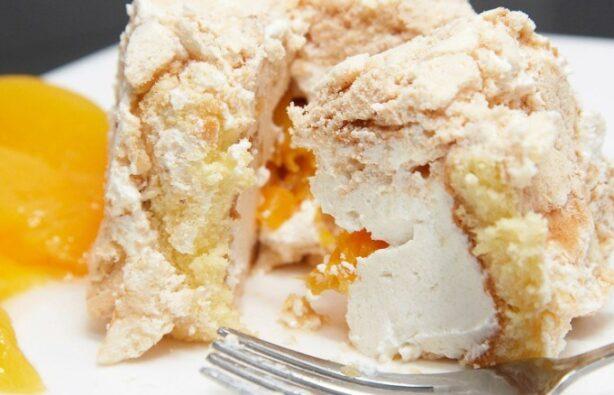 Персиковый торт безе Уругвай