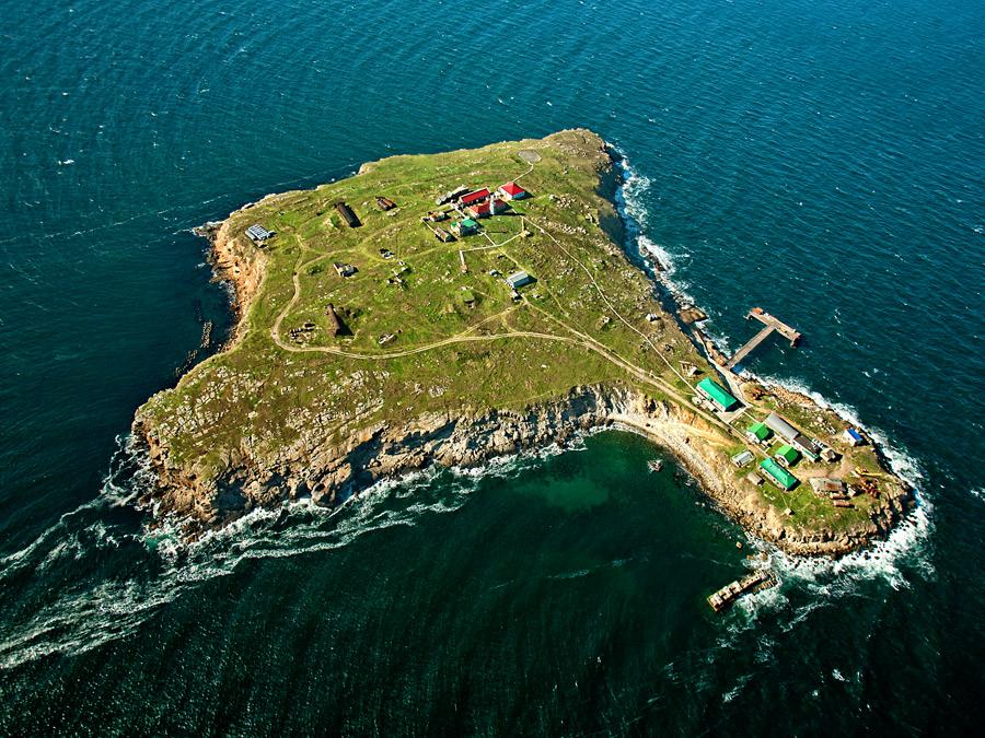 Остров Змеиный.Вокруг Света. Украина