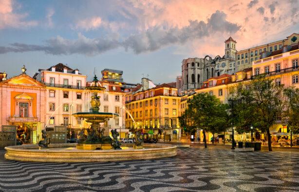 Площади Rossio в Лиссабоне