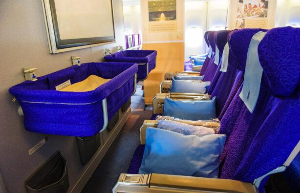 Люльки для новорождённых в эконом-классе Singapore Airlines