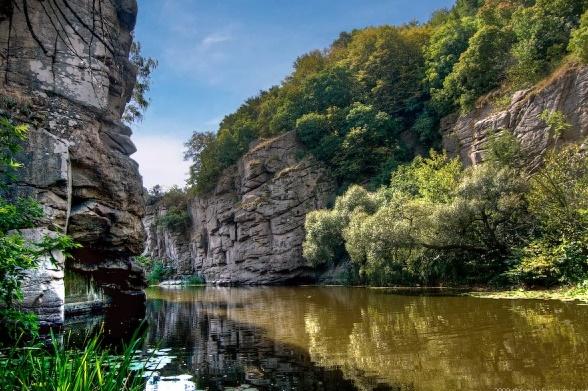 ТОП-7 живописных каньонов Украины