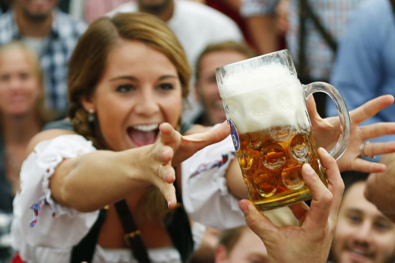 Октоберфест шокировал туристов ценами на пиво.Вокруг Света. Украина