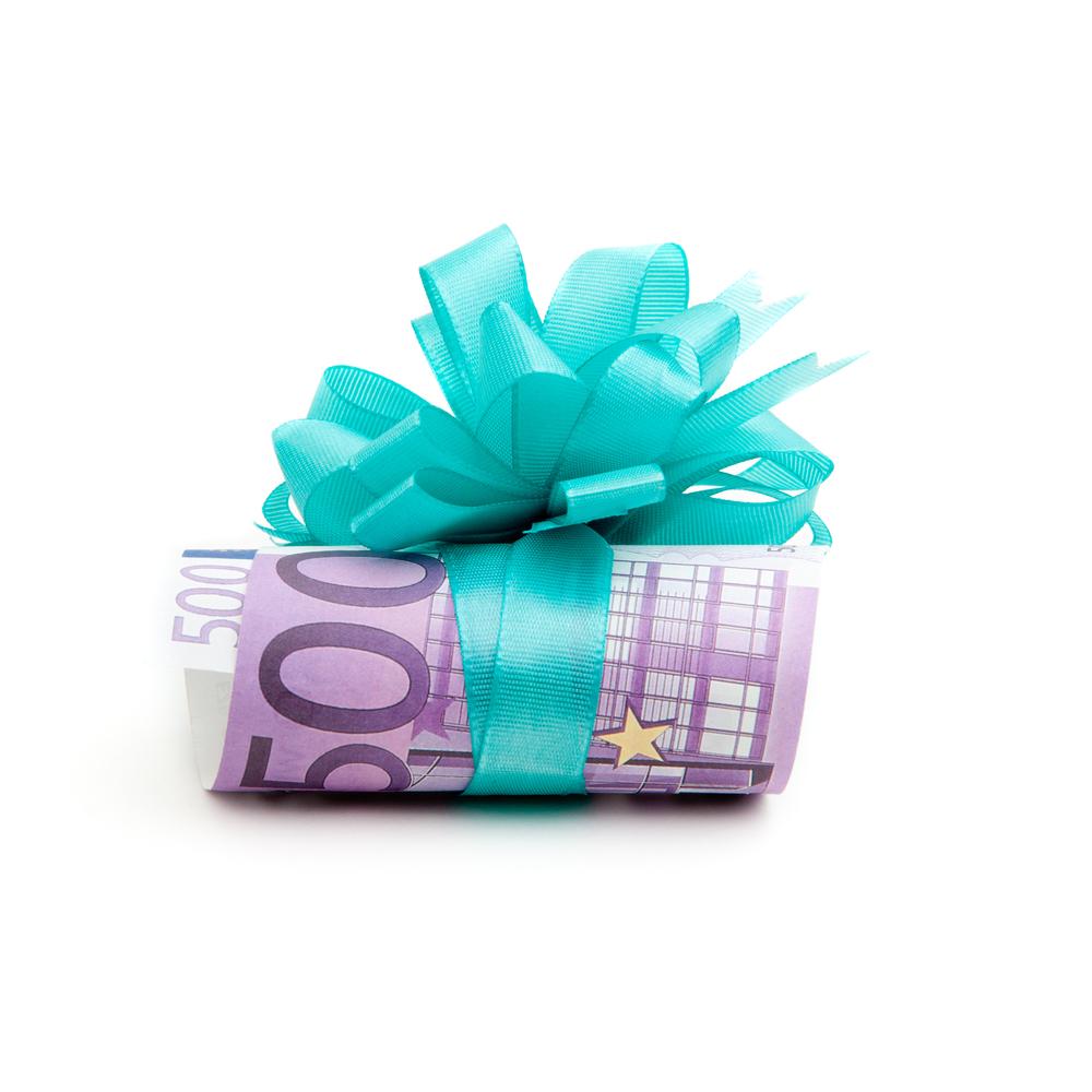 Италия будет дарить своим гражданам на 18-летие по €500.Вокруг Света. Украина