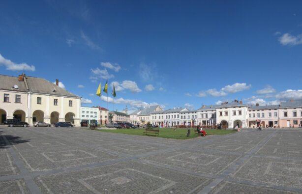 Украина, Жовква