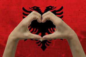 Албания может научить гостеприимству