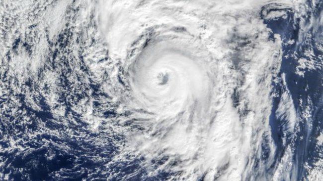 Как ураганы получают имена?.Вокруг Света. Украина