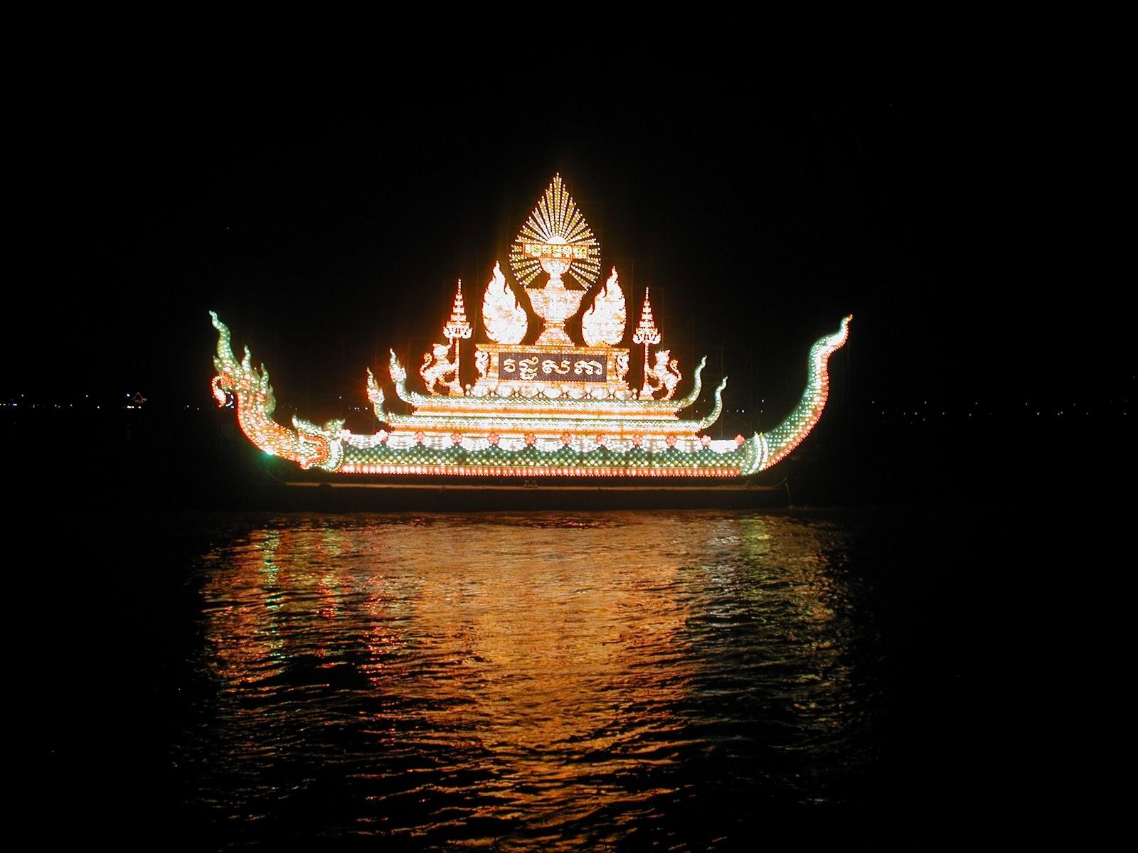 Фестиваль воды в Камбодже
