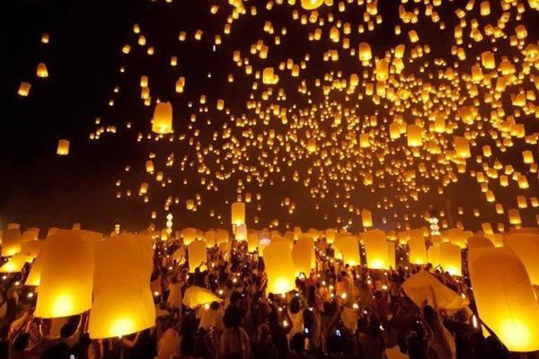 Фестиваль Тазонгдайнг в Мьянме