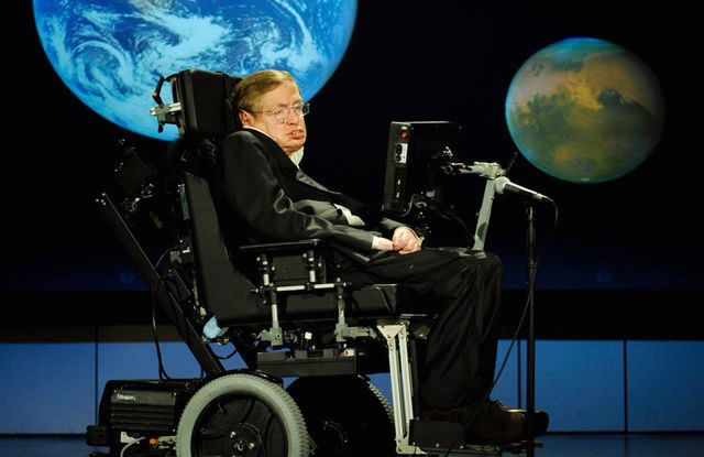 Стивен Хокинг предсказал, когда наступит конец света.Вокруг Света. Украина