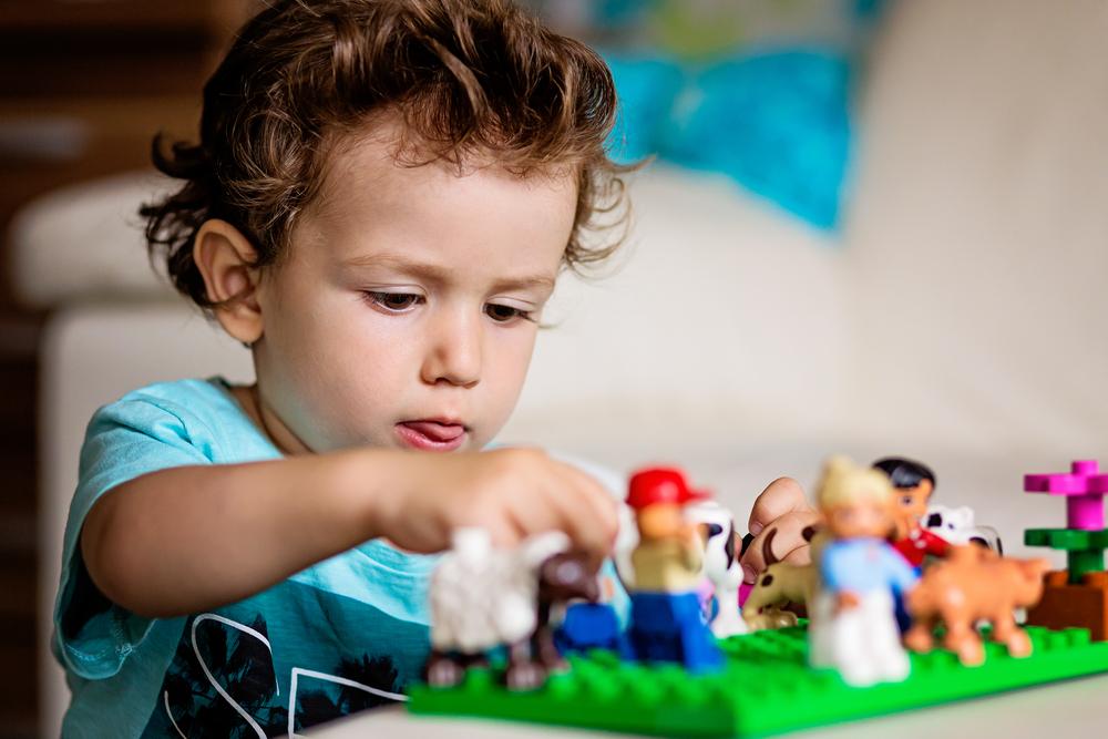 Lego: история самых популярных в мире игрушек.Вокруг Света. Украина