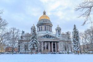 Противостояние за Исаакиевский собор в России