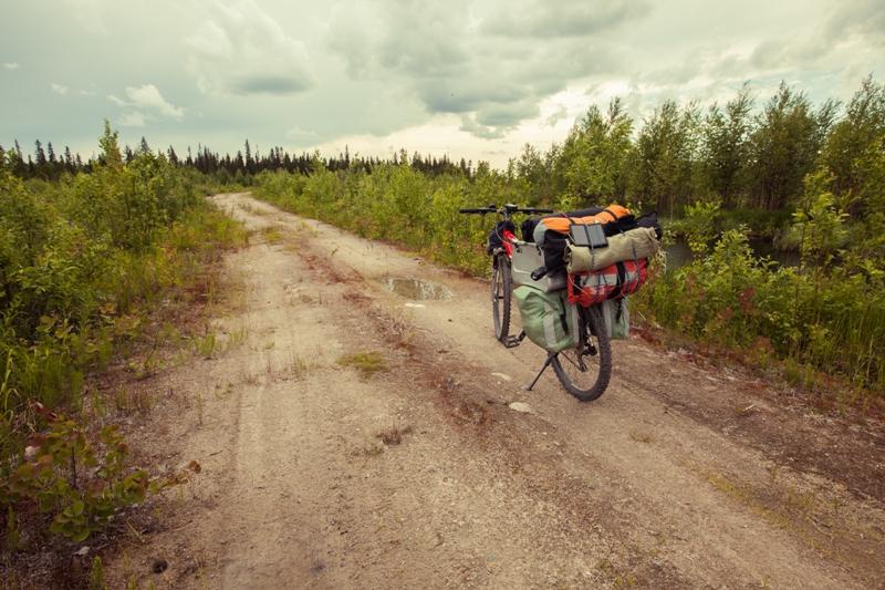 Русский браконьер, или Как найти общий язык с местным в тайге.Вокруг Света. Украина