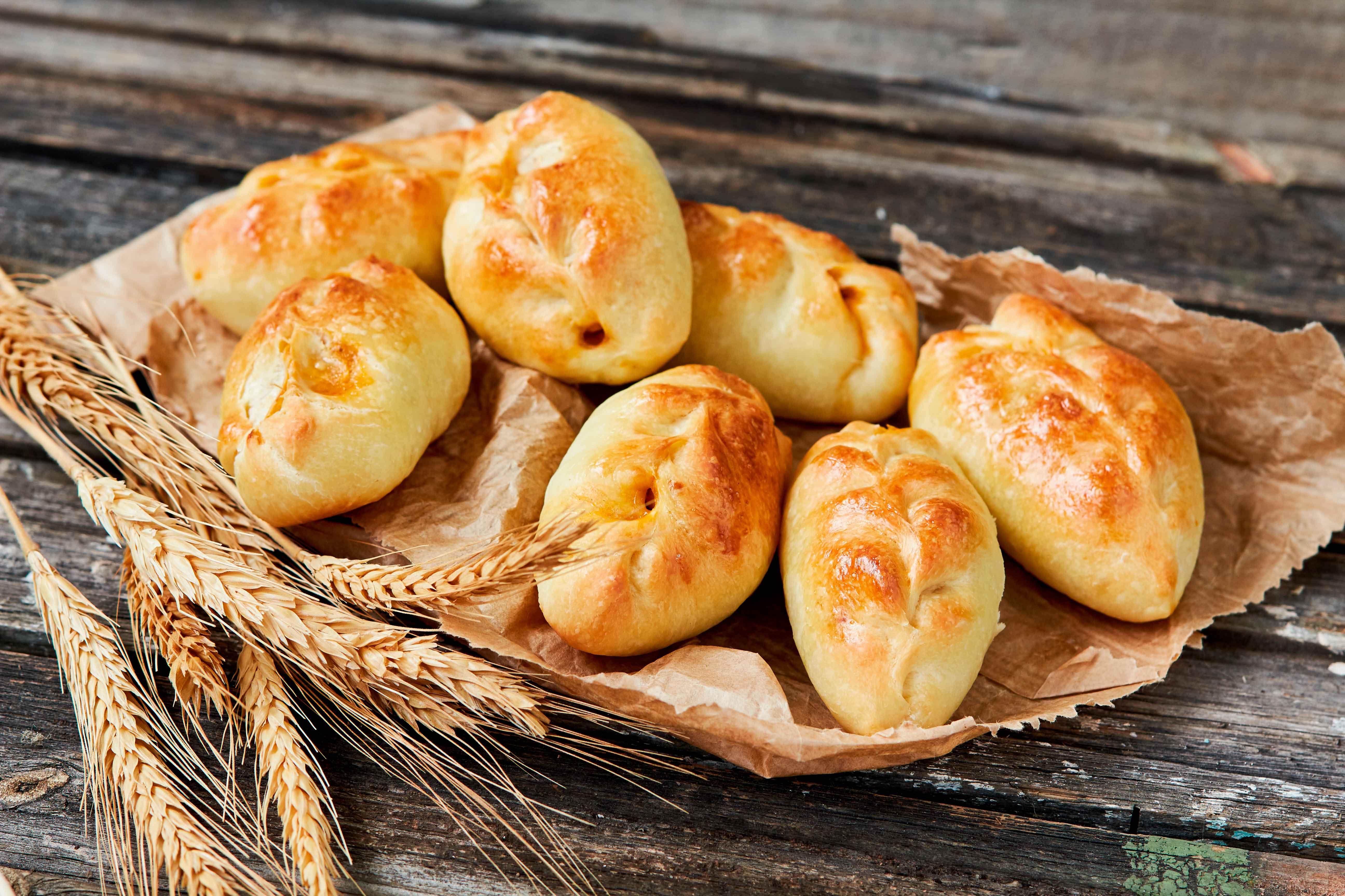 Масленица: рецепт пирожков по-польски с плавленым сыром