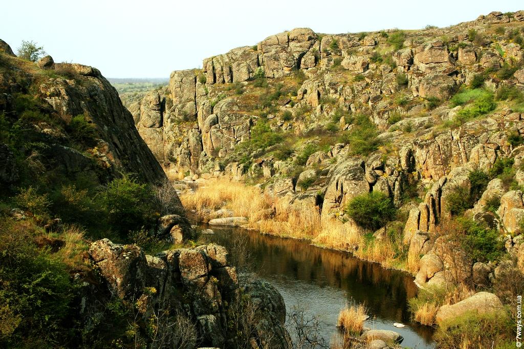 Актовский каньон, или «Долина дьявола»