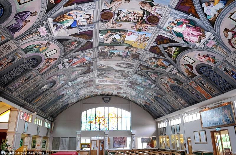 Священник скопировал роспись Сикстинской капеллы