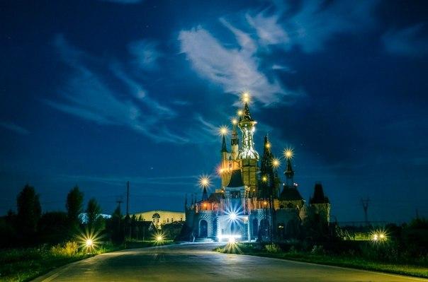 Диснейленд под Киевом.Вокруг Света. Украина