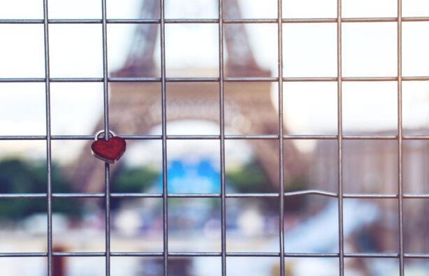 фото мэра парижа