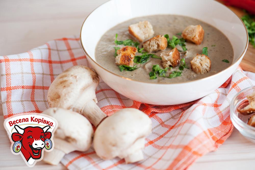 Масленица: рецепт супа-пюре с шампиньонами.Вокруг Света. Украина