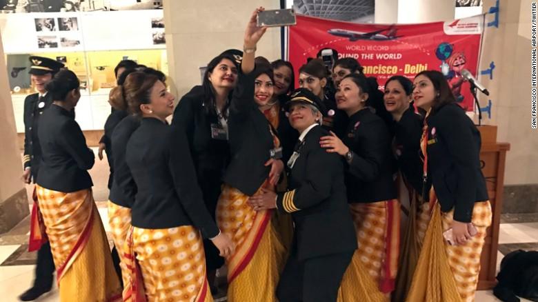 Рекорд Гиннеса в Индии: экипаж из одних только женщин совершил кругосветку.Вокруг Света. Украина