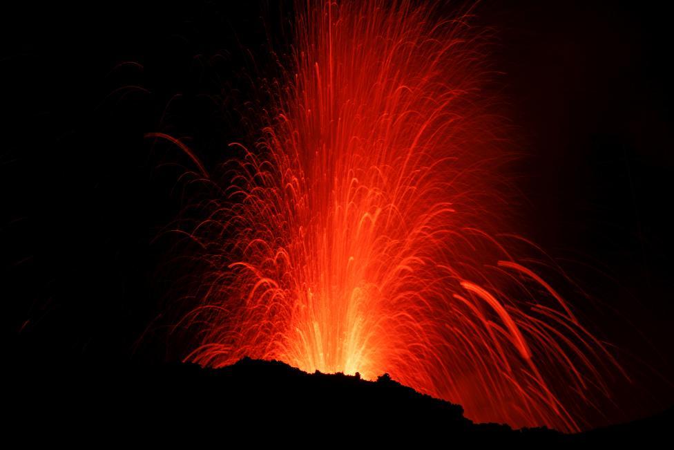 Извержение вулкана: Этна снова проснулась.Вокруг Света. Украина