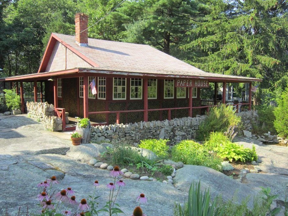 90-летний дом из газет