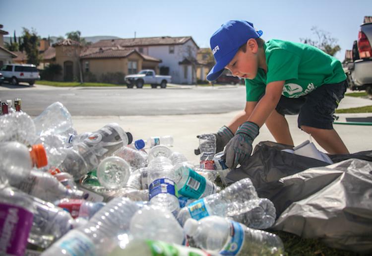 7-летний мальчик основал компанию по переработке отходов