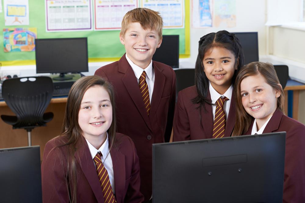 В Новой Зеландии ввели одинаковую школьную форму и для мальчиков, и для девочек