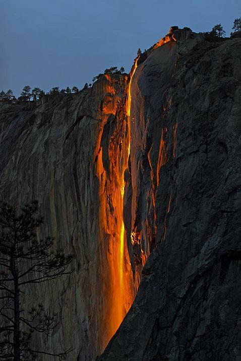 Огненный водопад – красивейшая «хитрость» природы