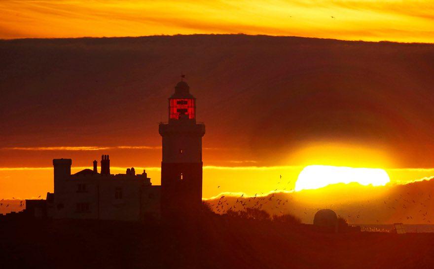 Мощный восход солнца в Англии