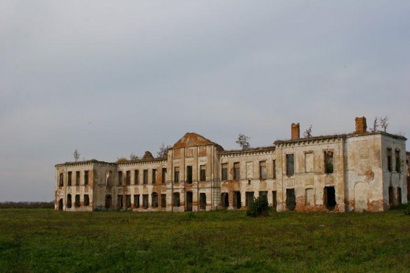 В Хмельницкой области разрушается уникальный памятник архитектуры