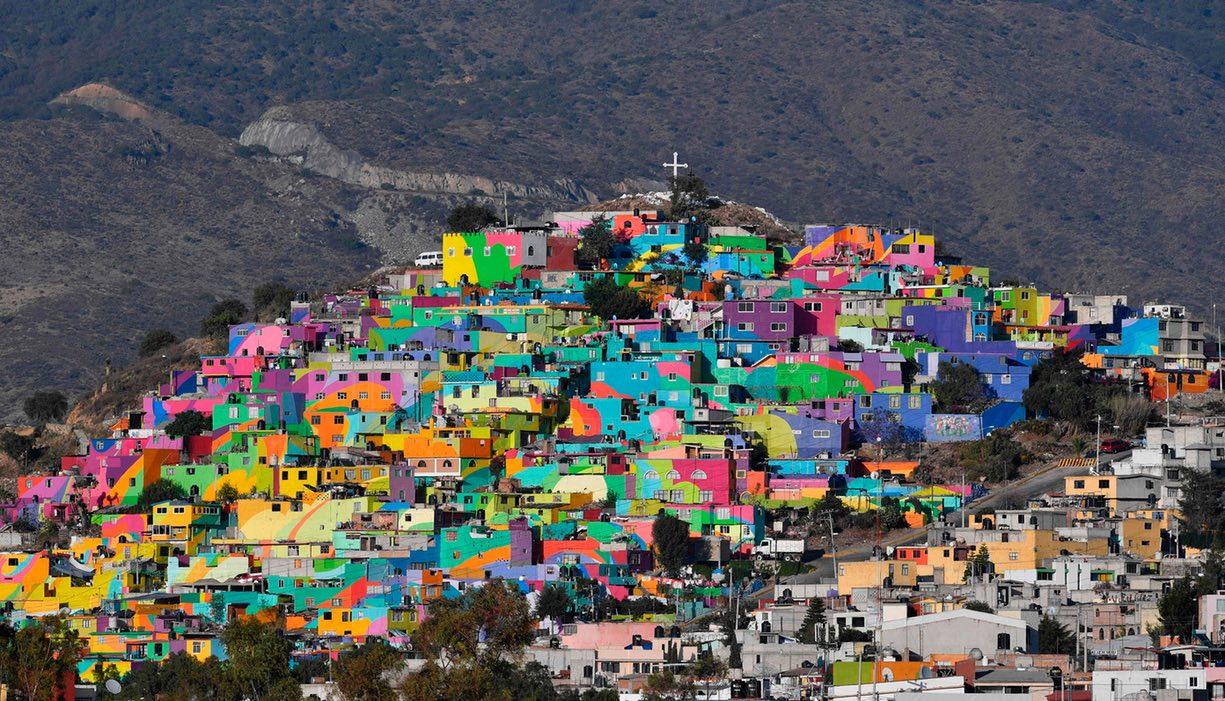 Самый красочный городок в Мексике