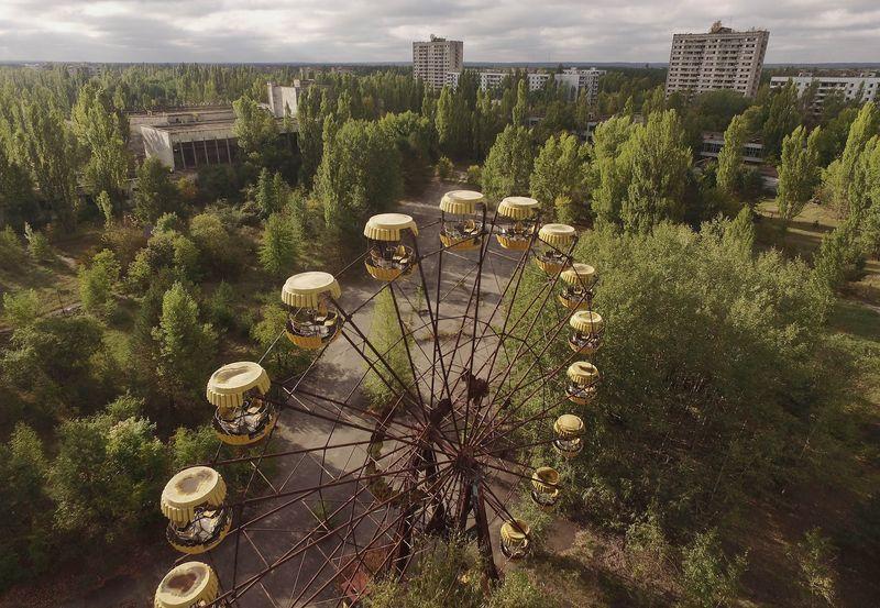 Чернобыльская зона: фото до и после
