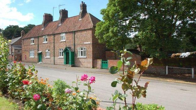 В Великобритании продали целую деревню