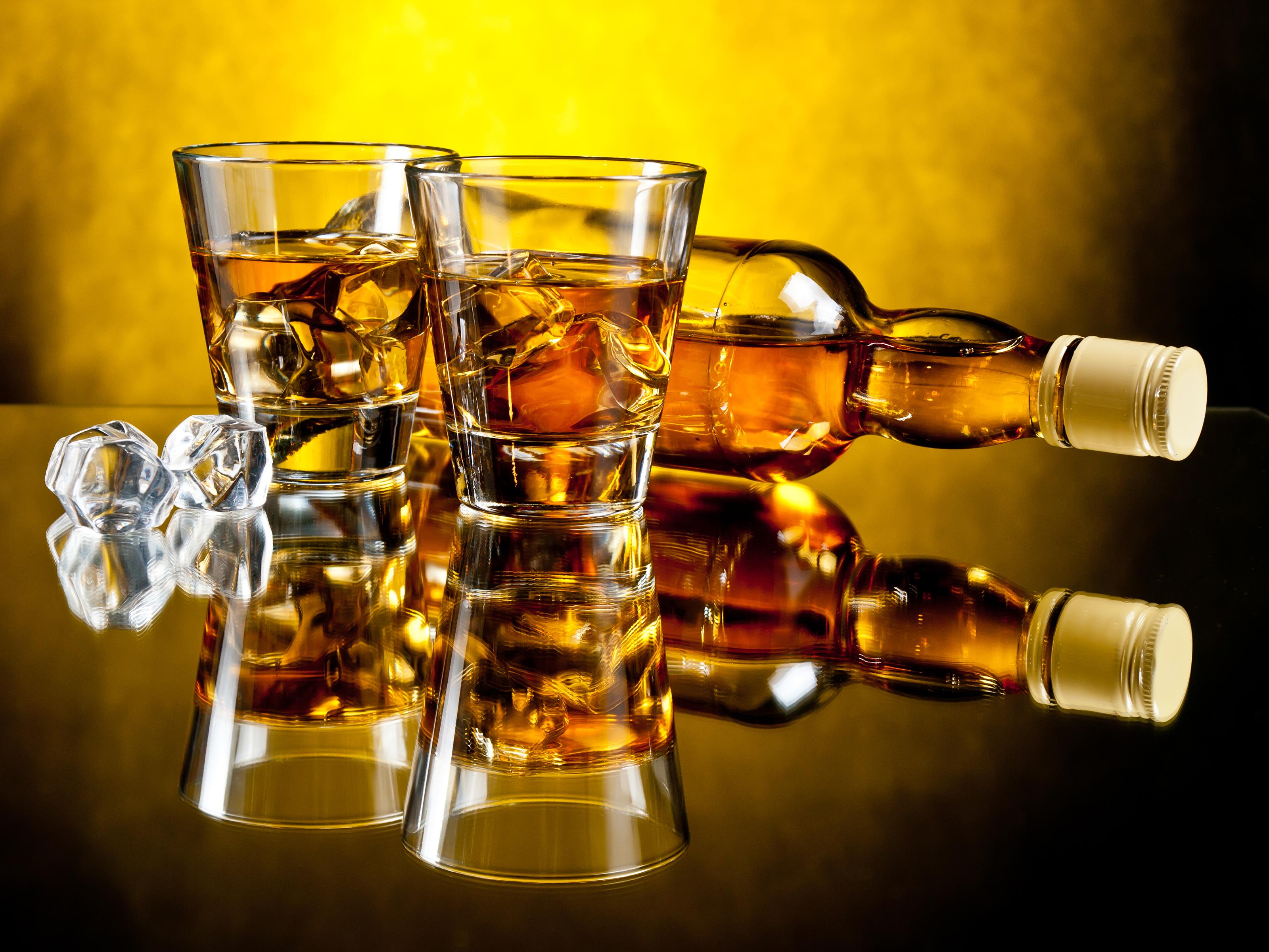Показ мод килтов и метание бревна: как в Шотландии чествуют виски.Вокруг Света. Украина
