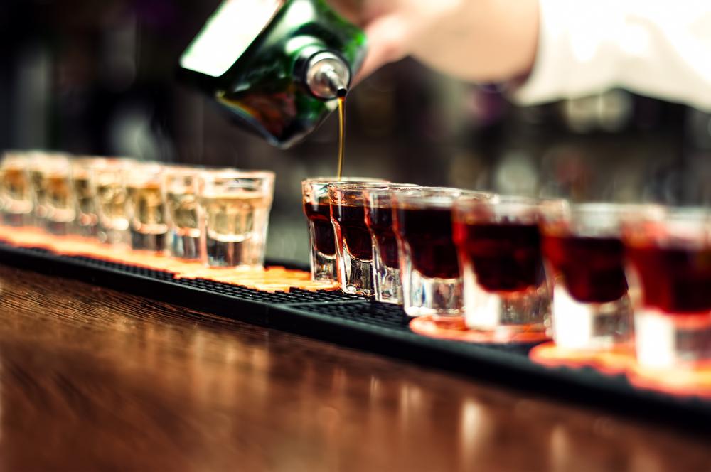 В аэропортах будут строже следить за употреблением алкоголя.Вокруг Света. Украина