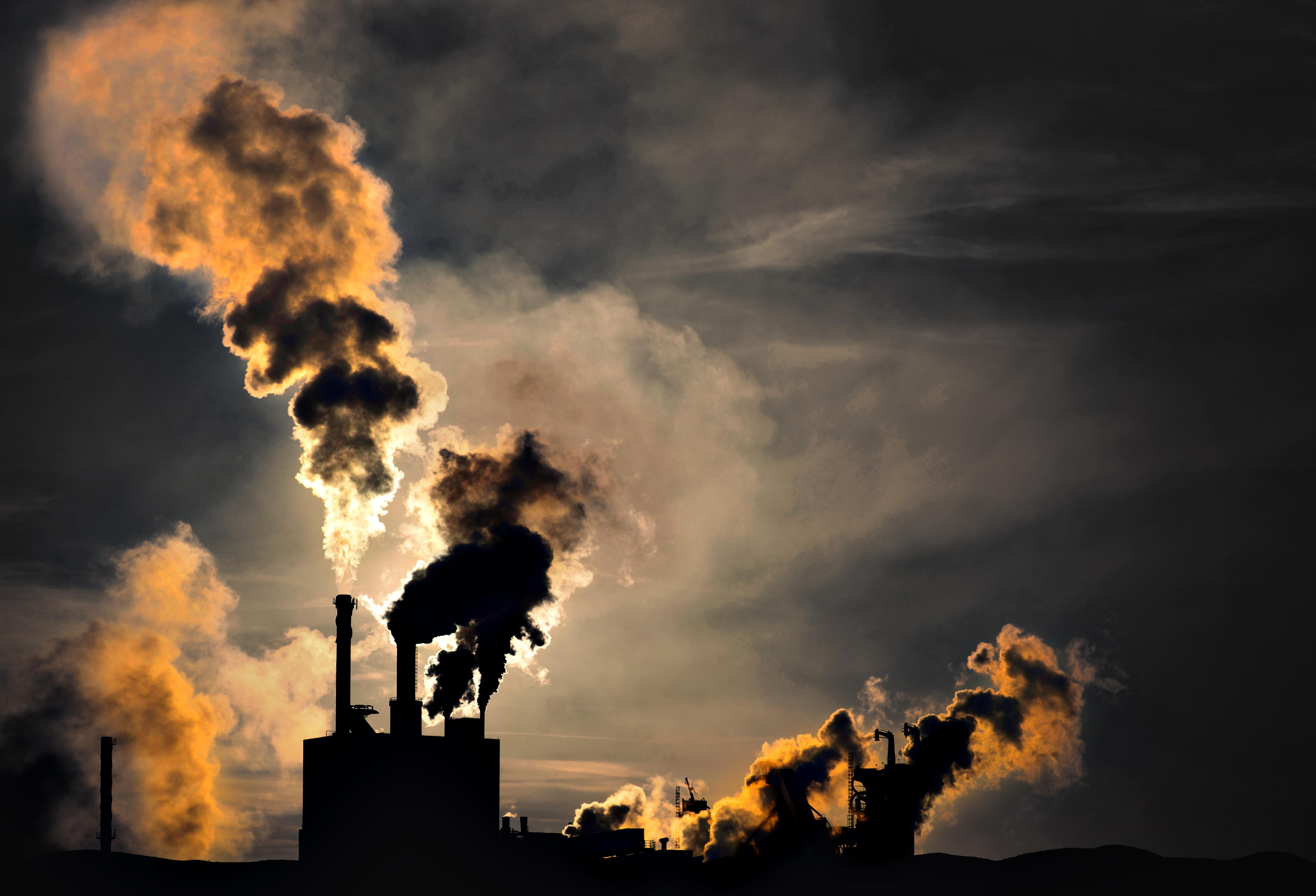 Больше половины людей на Земле живут в районах с опасной экологической ситуацией.Вокруг Света. Украина